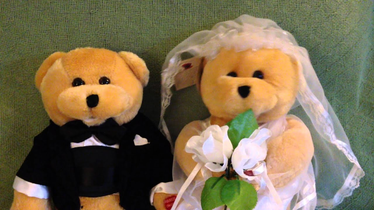 5c615b54e0c 22 Inch Chantilly Bears singing . Bride and Groom - YouTube