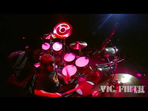 Artist Spotlight: Simon Wright | Queensrÿche
