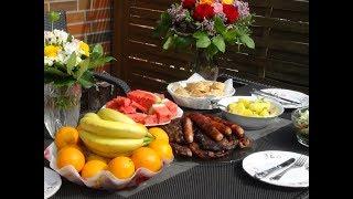 Германия.Суббота,грилем колбаски и свиное мясо