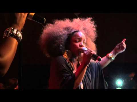 Leela James - Tell Me You Love Me (Live @ Bizz'Art) [2011-10-22] HD