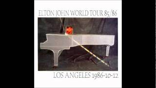 8 Candle In The Wind Daniel - Elton John - Live in Hollywood Bowl 1986.mp3