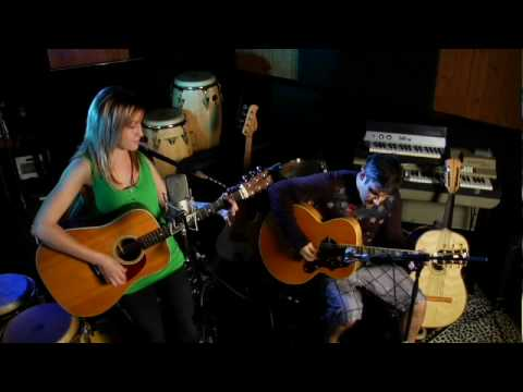 Joni Mitchell - Big Yellow Taxi LIVE (@RAWsession Cover)