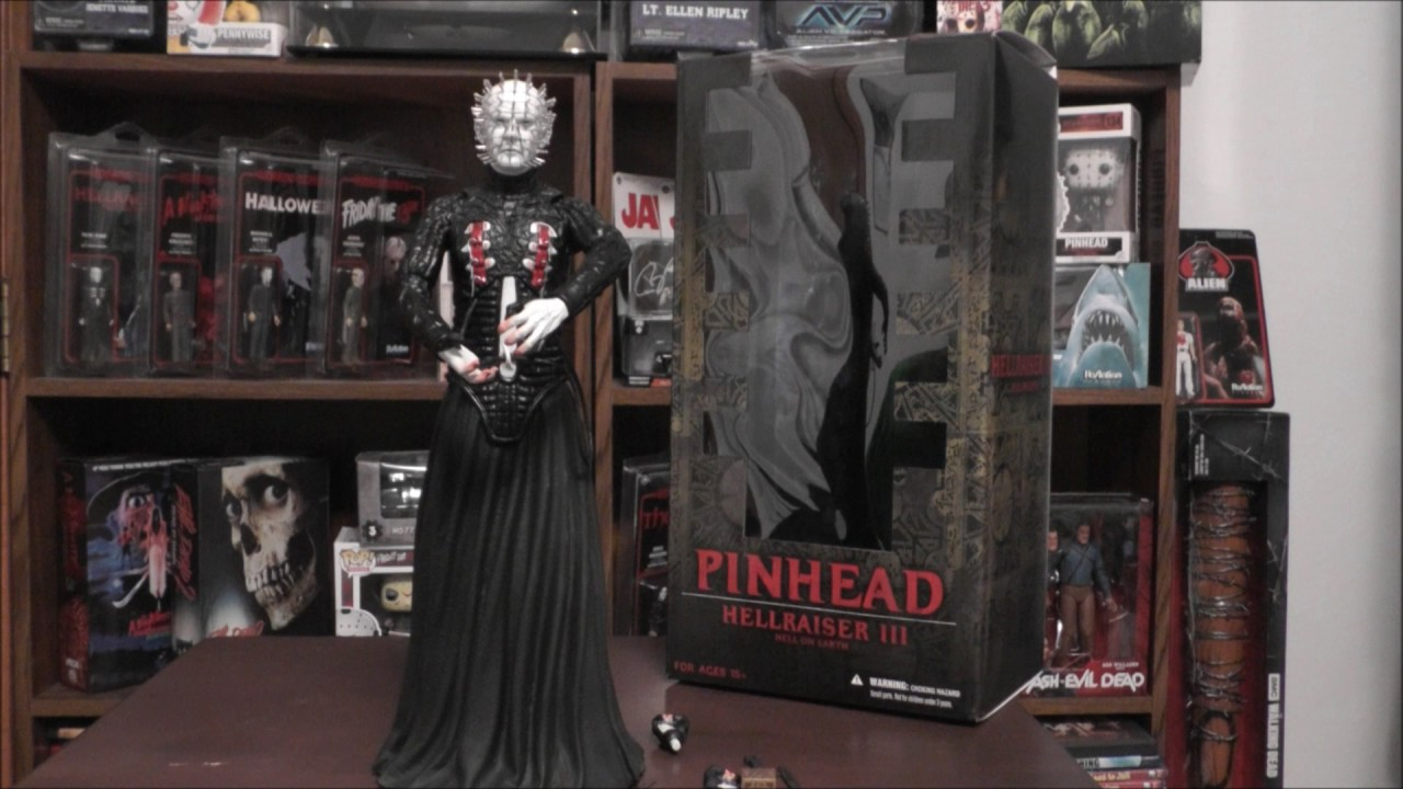 Hellraiser III Hell on Earth 12″ Pinhead Mezco Figure