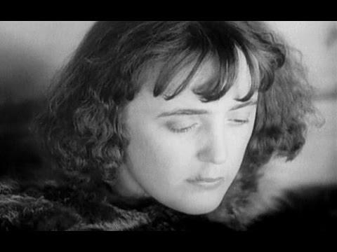 L Assassinat De Louis Leplee Et L Interrogatoire De La Mome Piaf 1936 Youtube