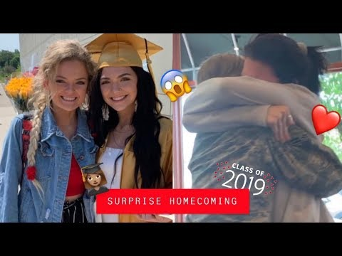 MILITARY HOMECOMING & MY SISTER GRADUATED    SURPRISING MY FAMILY