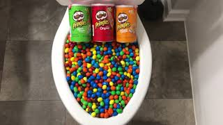 Will it Flush? - M&M's and Pringles