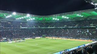 Borussia Mönchengladbach - FC Schalke 04 / Einlauf der Teams / Saison 2017-18