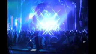 M83 - Intro Featuring Zola Jesus Live @ The Music Box (edit).mov