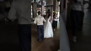 Песня брата сестре на свадьбе!