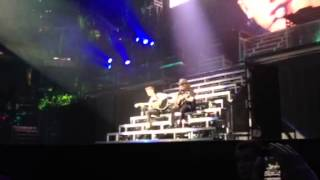 Justin Bieber covers Justin Timberlake's Cry Me A River in