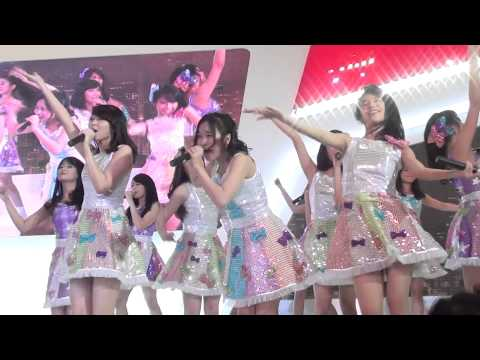 [FANCAM] JKT48 - Koisuru Fortune Cookies at Honda Gandaria City