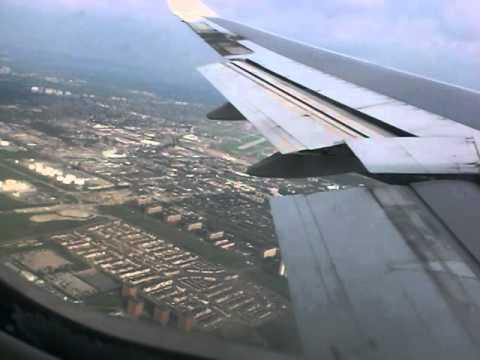 Approach to Toronto Pearson Airport with British Airways B747