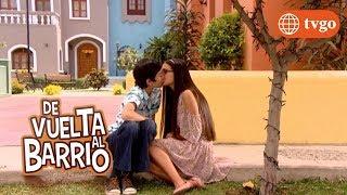 ¡Pedro y Lily se besan! - De Vuelta al Barrio 27/12/2018