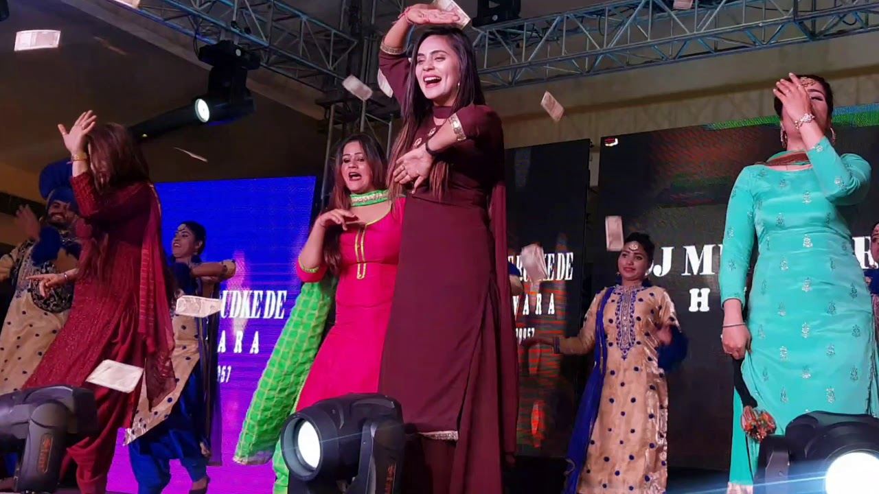 Best Punjabi Model Dance Video | Dj Munde Rudke De | Best Punjabi Weeding Dj Dance Group Punjab |