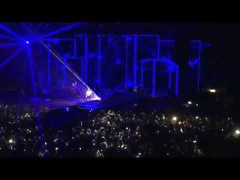 Tiziano Ferro - Il sole esiste per tutti (live) @ Acireale, 29.11.15