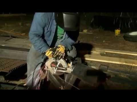 Skill saw cuts 3/8 steel plate