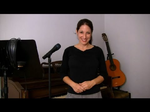 How to Figure Out the Vocal Melody for a Song : Singing Tips