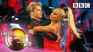Saffron and AJ Tango to 'Lips Are Moving' | Week 1 - BBC Strictly 2019