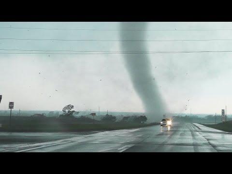 Absolutely Insane Chickasha Oklahoma Tornado Video From Up Close!!!!!