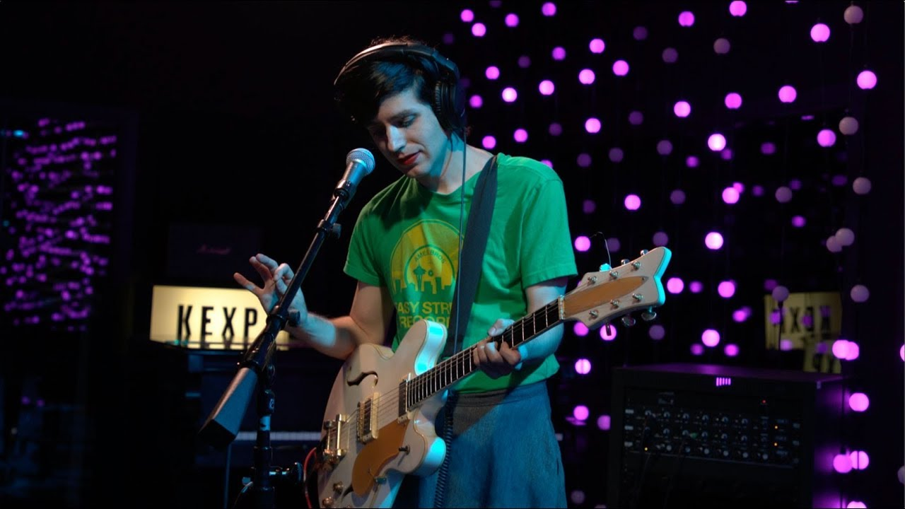 Ezra Furman - Calm Down aka I Should Not Be Alone (Live on KEXP)