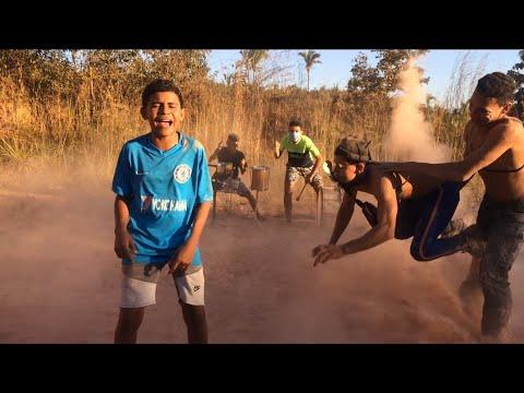 FUNDO DE QUINTAL OFC - DESCE O PLAY (PA PA PA) - Mc Zaac, Anitta, Tyga (Vídeo Oficial)