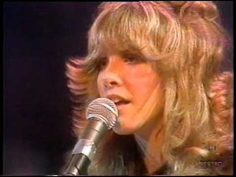 Fleetwood Mac - Rhiannon  (Midnight Special - Apr 9, 1976)