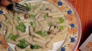 "Review - ""alfredo Pasta Chicken & Broccoli"" Lean Cuisine *straight Talk Reviews*"