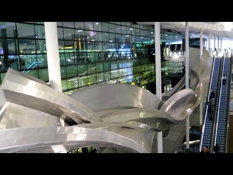 London Heathrow Airport. A Walk Through the New Terminal 2