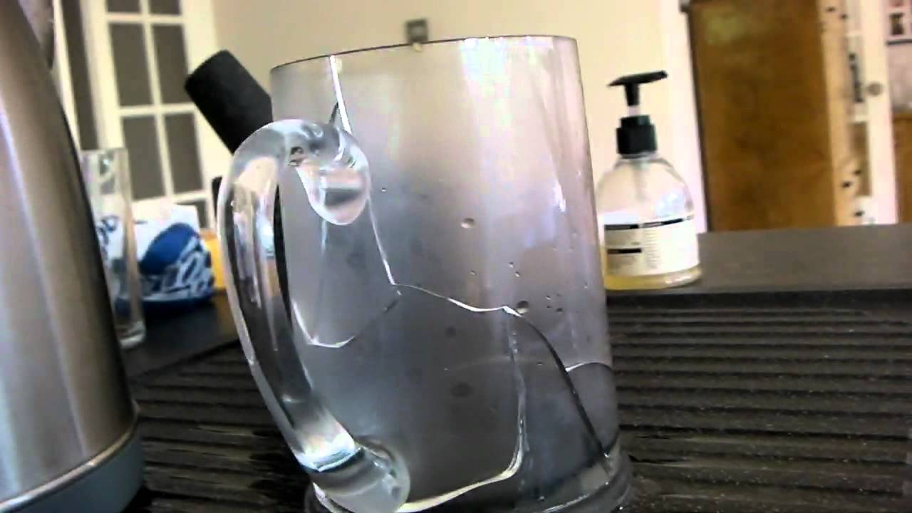 Does Boiling Water Crack Glass