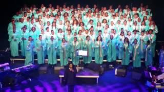 Lody & Syndi dans la chorale TOTAL PRAISE
