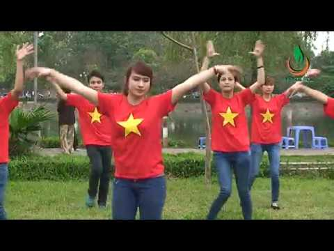 Dân vũ: Waka Waka - Hanoi ADC