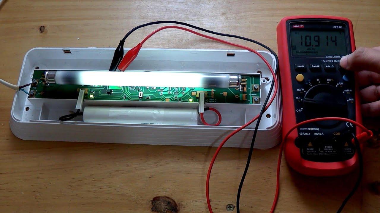 Reparaci n de luz de emergencia youtube for Luces emergencia led