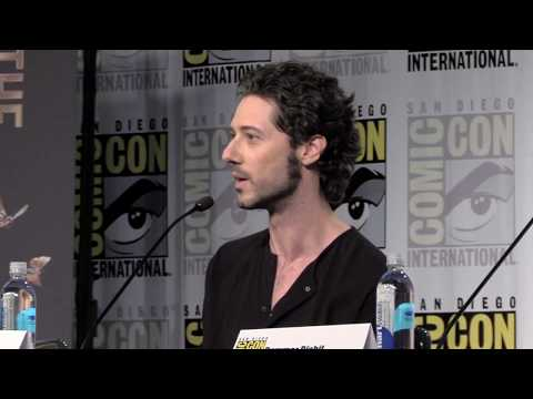 Hale Appleman Explains Eliot's Evolution On The Magicians at SDCC