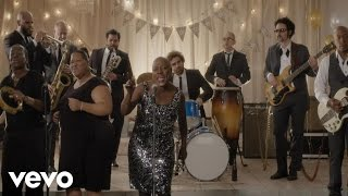 Sharon Jones & the Dap-Kings - Stranger to My Happiness