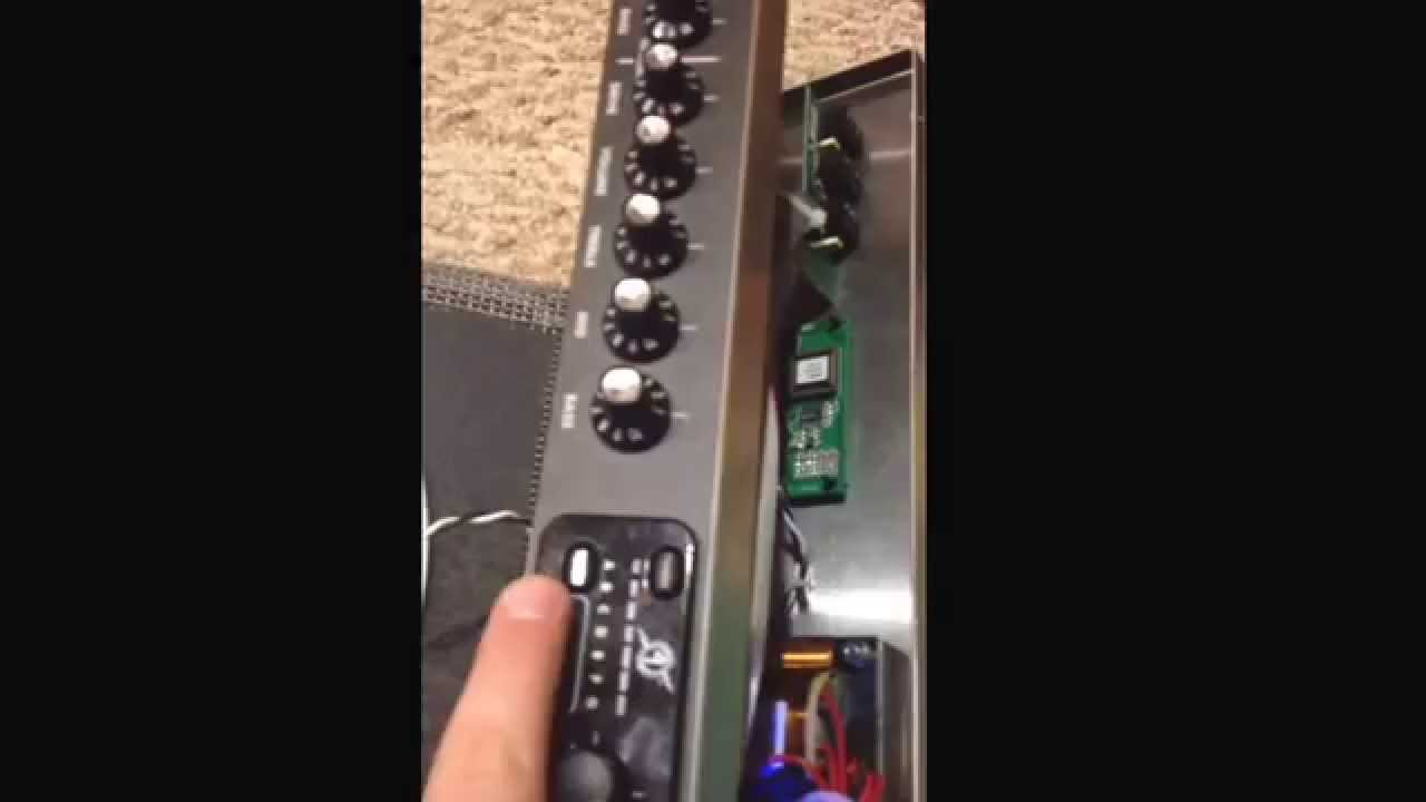 Fender Footswitch Wiring Princeton 650 Great Installation Of Diagram Buzzing Sound Youtube Rh Com