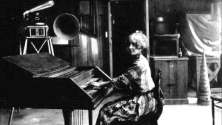 Violet Gordon-Woodhouse plays Bach
