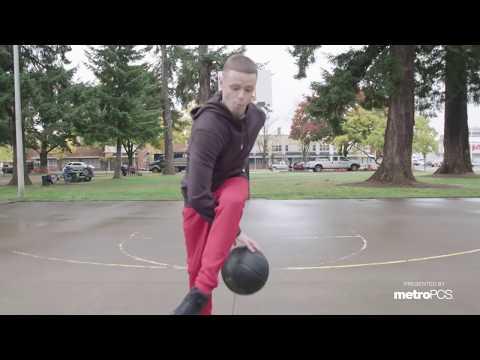 Professor visits hometown in Oregon.. Talks ubringing, hoops and more
