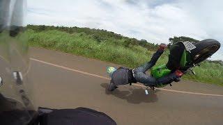 Careca BSB - Motociclista caindo com Z750 - Hornet ABS