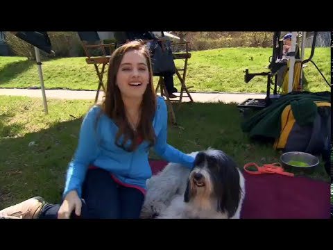 stefanie scott amp mary mouser in frenemies pose