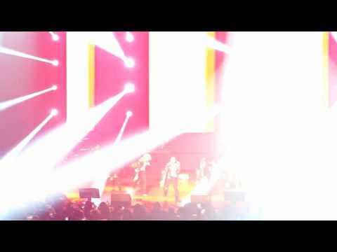 Infinite in Vancouver - Be Mine (5) 01/07/2016