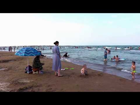 Избербашский городской пляж и аквапарк.
