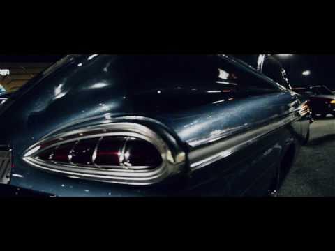 Hooters 1960 Car Meet