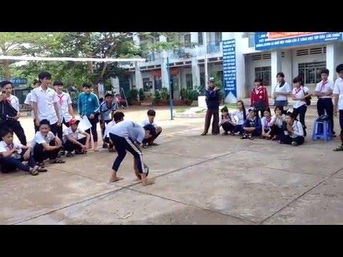 Chia tay học sinh cuối cấp niên khoá 2012-2016