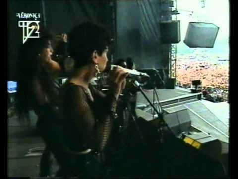 Guns 'n Roses - Live & Let Die