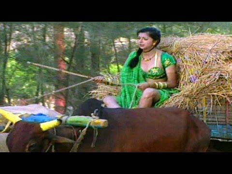 ☞ Masoom Tera Chehra Ft. Hot Bhumika Chawla - Debut Music Video