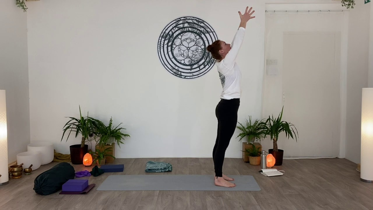 EXPRESS MORNING YOGA. Letting go of attachment.