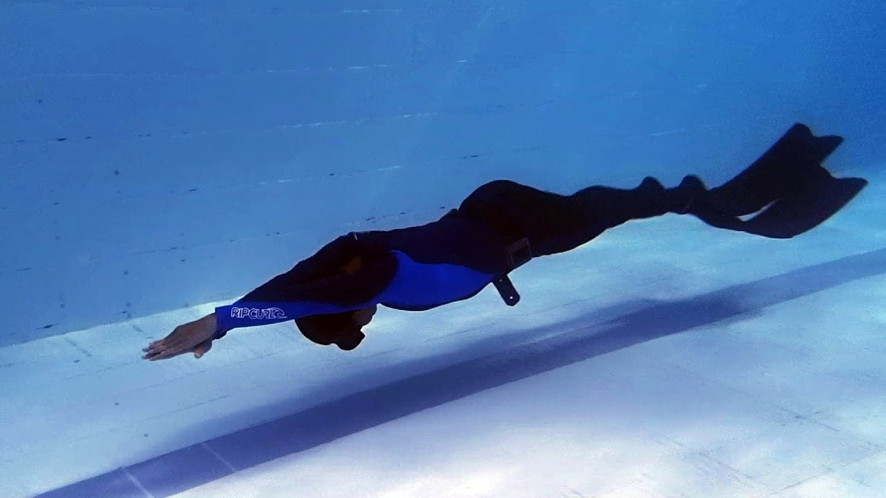 Dolphin Kick for Diving