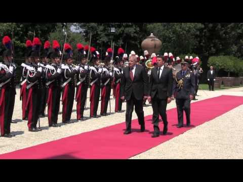 Renzi incontra il Primo Ministro della Repubblica Araba d'Egitto