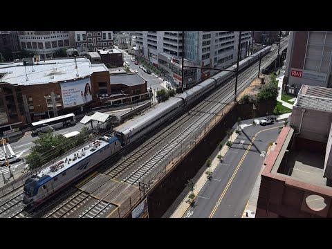 New Brunswick NJT Station Railfanning! 8.15.16