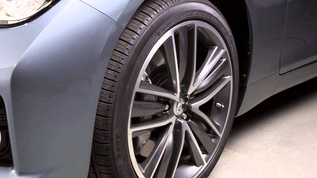 2014 infiniti q50 tire size